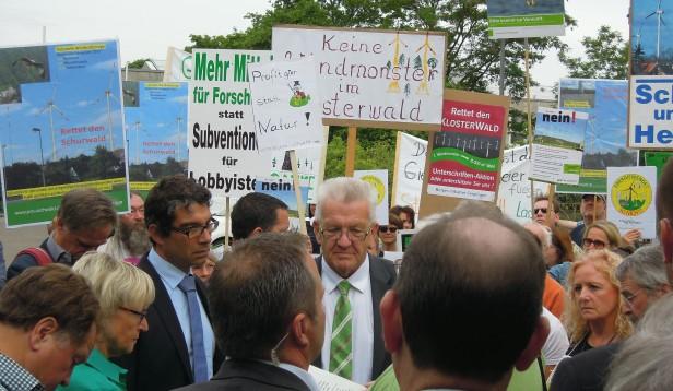 Ministerpräsident Kretschmann mit den Landesvorsitzenden  von BUND B. Dahlbender und NABU A Baumann